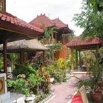 Bungalo-No-7-Hotel