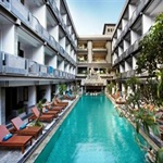 Champlung-Mas-Hotel