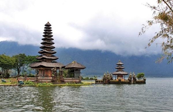 Danau-Bedugul-Bali