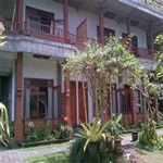 Karang-Sari-Hotel
