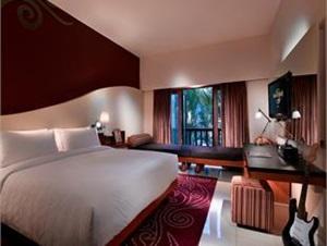 Hard-Rock-Hotel-Kamar-Deluxe-Premium
