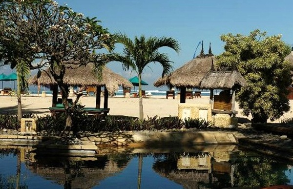 Hotel-Bintang-4-di-Lombok