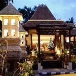 Senggigi-Beach-Hotel-Lombok