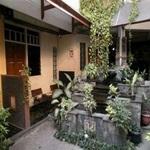 Riyadi Guest House Surabaya