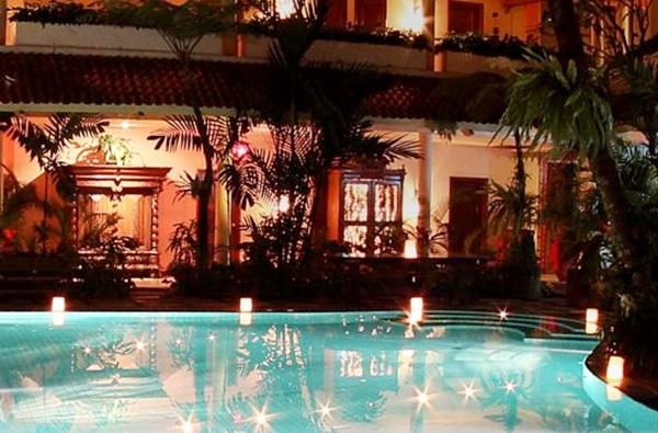 Tarif Tugu Hotel Malang