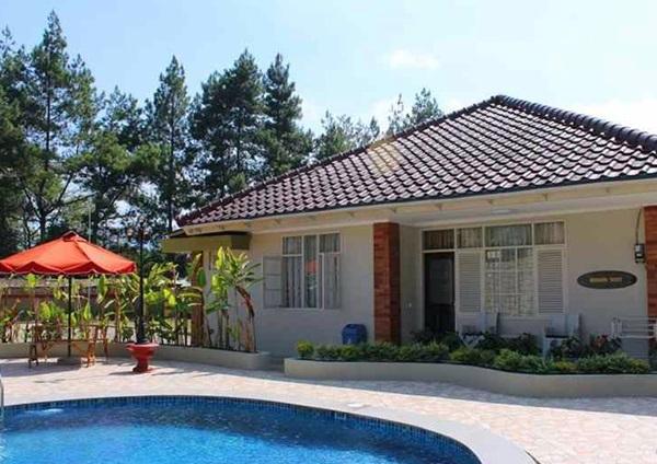 Villa Mewah Bintang 5 di Puncak Bogor